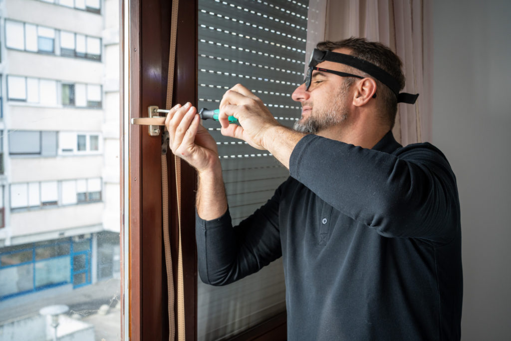 Popravak i servis drvenog prozora
