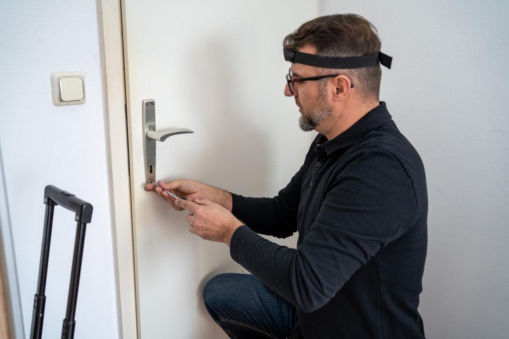 Zamjena i popravak drvenih vrata